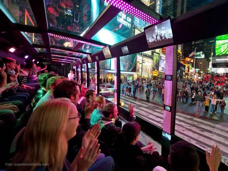 faça um tour de ônibus pelas ruas de Nova York