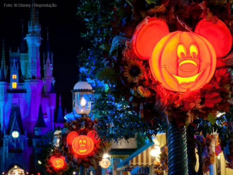 decoração Mickey's Not So Scary halloween party