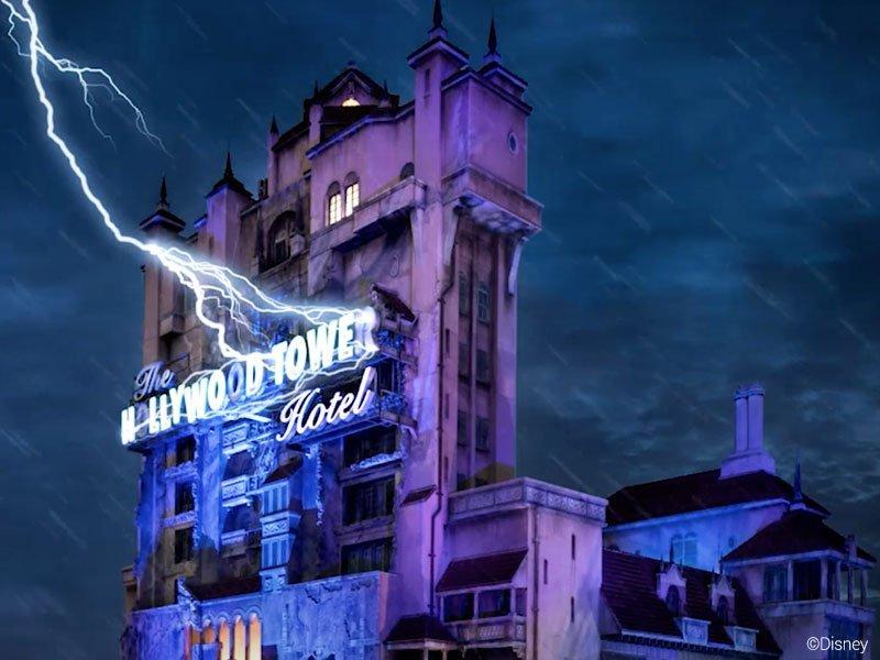 a TWILIGHT ZONE TOWER OF TERROR é uma das atrações radicais da Disney