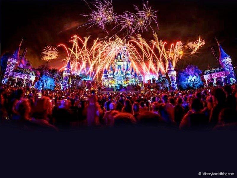 Not So Spooky Spetacular - Halloween Magic Kingdom - espetáculo de fogos de artifício - Castelo da Cinderela - parques da Disney